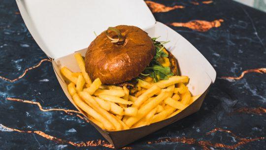 Disco Burger Apžvalga